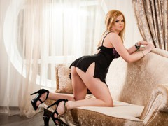 xxxBestSquirtxx - blond female with  big tits webcam at LiveJasmin