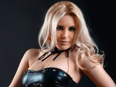 YaniraLove - blond female webcam at LiveJasmin