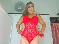 AdictyMature - blond female with  big tits webcam at xLoveCam