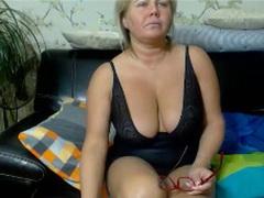 COME2MOM - blond female with  big tits webcam at LiveJasmin