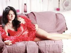 BodaciousxGirl - female with black hair and  big tits webcam at xLoveCam