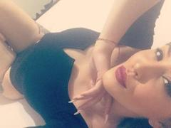 ChaudeGreta - female with red hair and  small tits webcam at xLoveCam