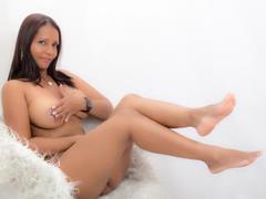 DayanHottest - female with black hair webcam at xLoveCam