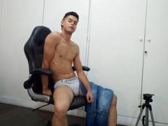 derrickfox700 - male webcam at ImLive