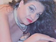 Emerald - female with brown hair and  big tits webcam at xLoveCam