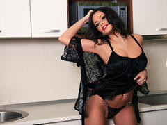 voguebrunette - female with black hair and  big tits webcam at LiveJasmin