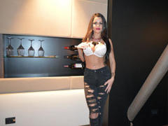 voguebrunette - female with black hair and  big tits webcam at LiveJasmin