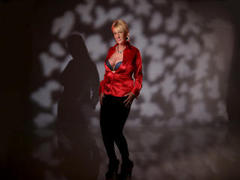 xSensualMature - blond female with  big tits webcam at LiveJasmin