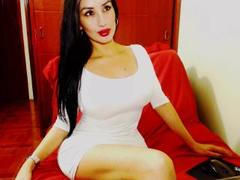 HotJennyx - female with black hair and  big tits webcam at xLoveCam