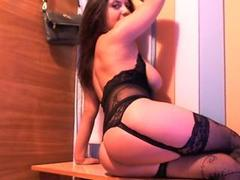 jennyferwild89 - female with black hair and  big tits webcam at ImLive