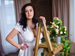 KattieDoggy - female with black hair and  big tits webcam at LiveJasmin