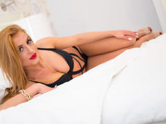 00LoveSquirt - female with black hair and  big tits webcam at LiveJasmin