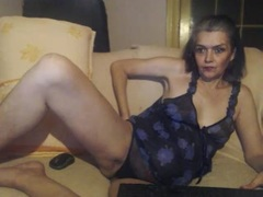 Lili69 - female with black hair webcam at xLoveCam