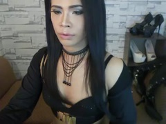 MariaVodka - shemale with black hair and  small tits webcam at xLoveCam