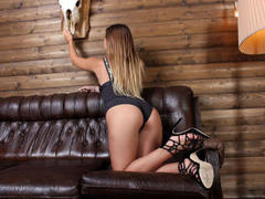 MiraEmerald - female with red hair webcam at LiveJasmin