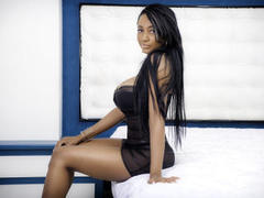NaomyCarter - female with black hair and  small tits webcam at LiveJasmin