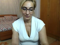 ChaseUrDream - female with brown hair and  big tits webcam at LiveJasmin