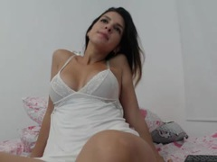 PussySweetCarool - blond female webcam at xLoveCam