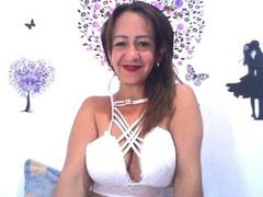 RubiaHot - blond female with  big tits webcam at xLoveCam