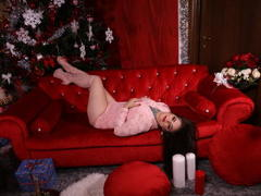 SaavianaShemale - shemale with brown hair and  small tits webcam at LiveJasmin