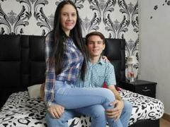 SafiroYTobias063 - couple webcam at ImLive