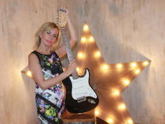 Silvia_Marlow - blond female with  small tits webcam at ImLive
