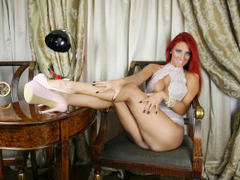 Spicydawnie - female with red hair and  big tits webcam at xLoveCam