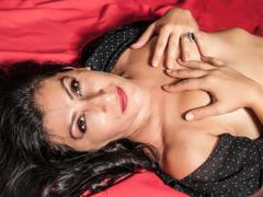 UniqueGirl - female with black hair webcam at xLoveCam