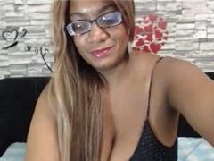 ValeryRose - female with black hair and  big tits webcam at xLoveCam