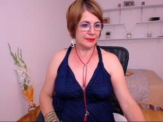 Busty mom on webcam