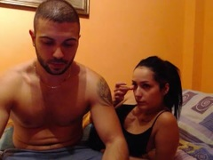WildFlames - couple webcam at xLoveCam